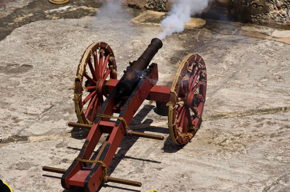 El Morro firing of the cannon, Puerto Rico