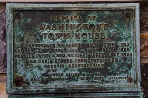 Washington's Townhouse plaque in Old Town Alexandria