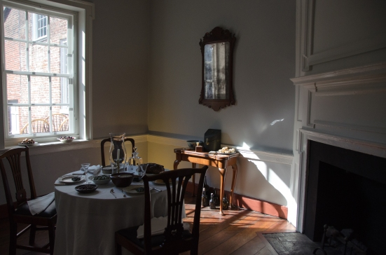 Gatsby's Tavern Museum - How ladies ate in 18th century