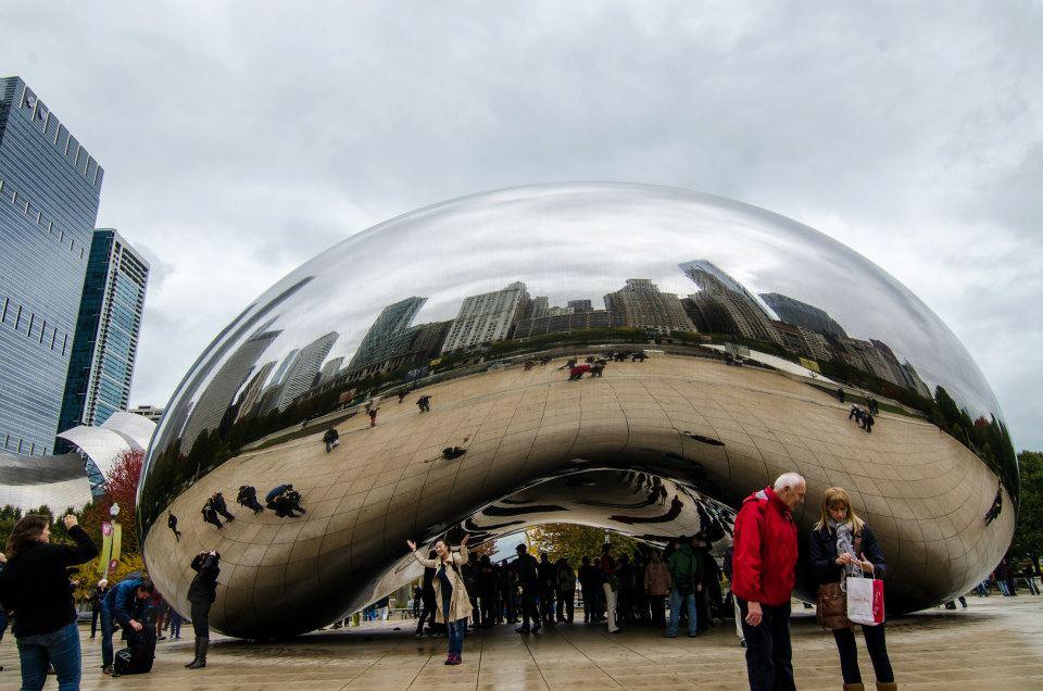 Anish Kapoor's Cloud Gate in Millennium Park, Chicago