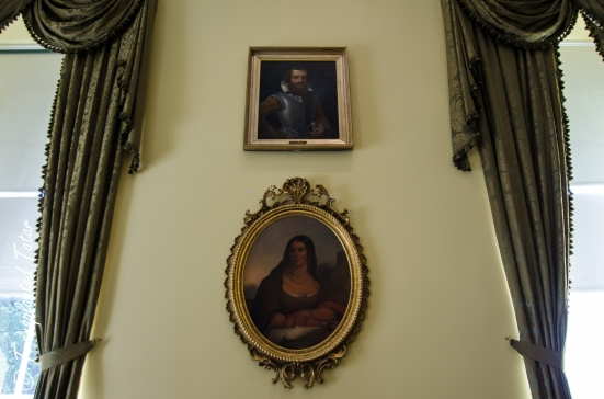 Virginia Capitol - Pocahontas and John Smith
