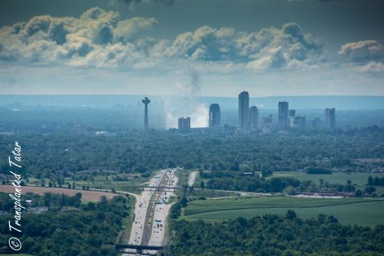 Niagara Falls against development, flying in Canada