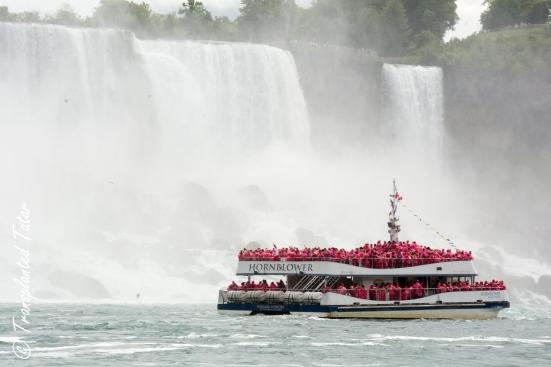 Boat against Horseshoe Falls, Niagara Falls, Canada